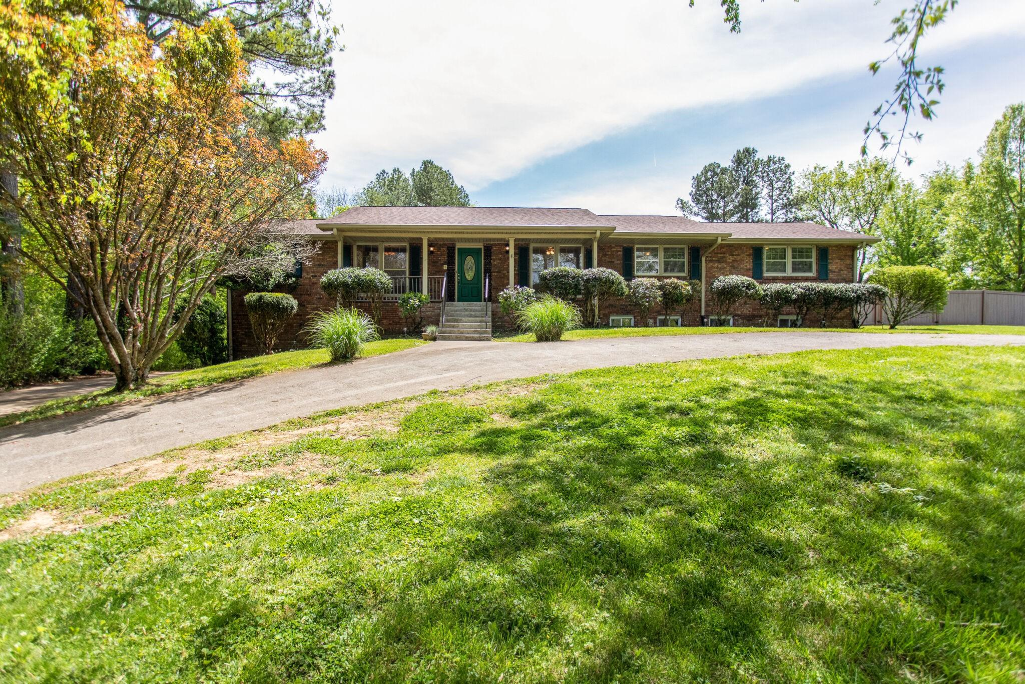 425 Nesbitt Lane Property Photo