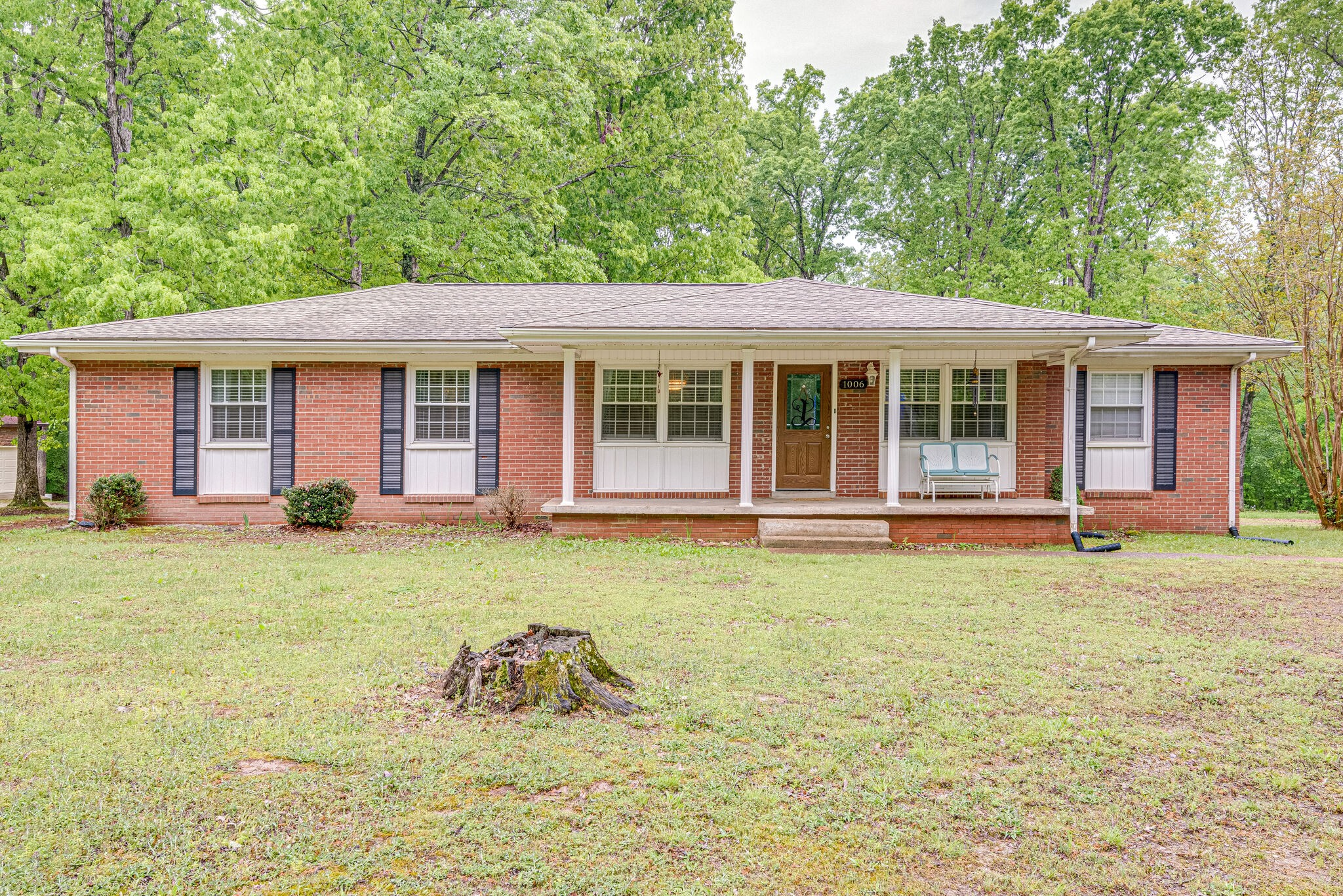 1006 Woodland Dr Property Photo - New Johnsonville, TN real estate listing