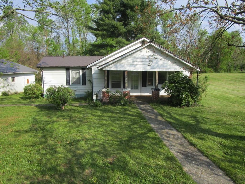 935 N Chestnut St Property Photo