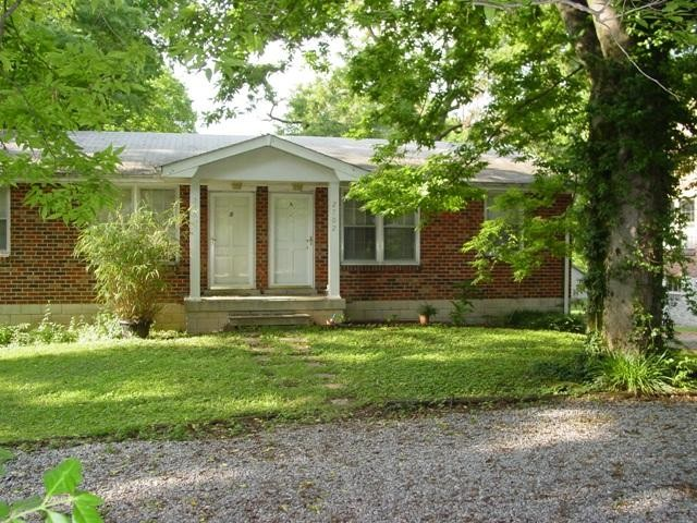 2702B Woodlawn Drive Property Photo - Nashville, TN real estate listing