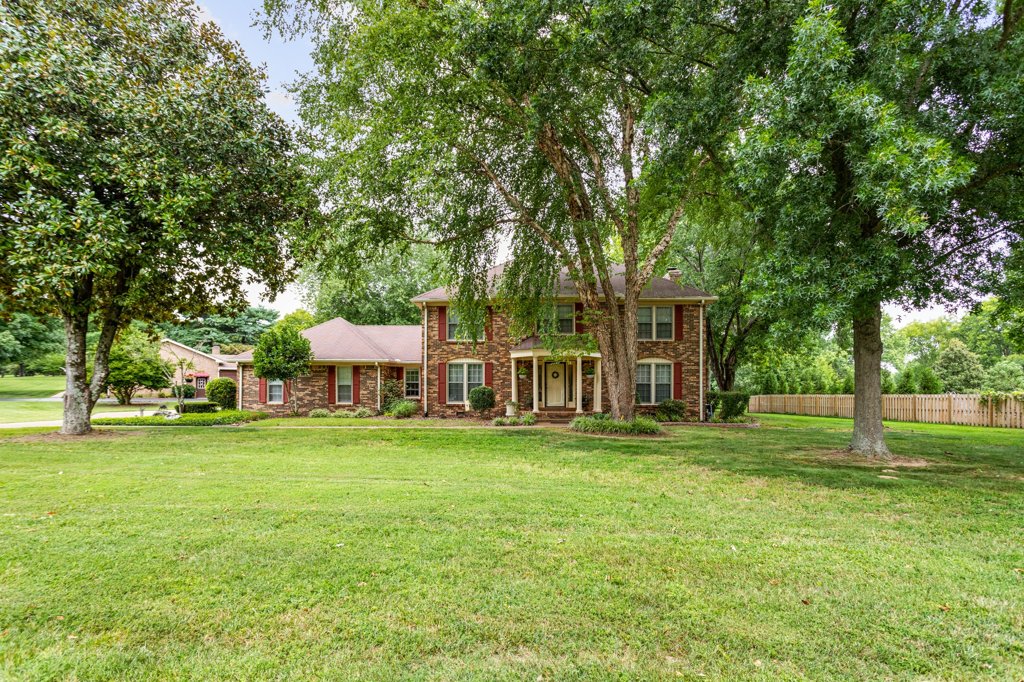 5513 W Shady Trl Property Photo - Old Hickory, TN real estate listing