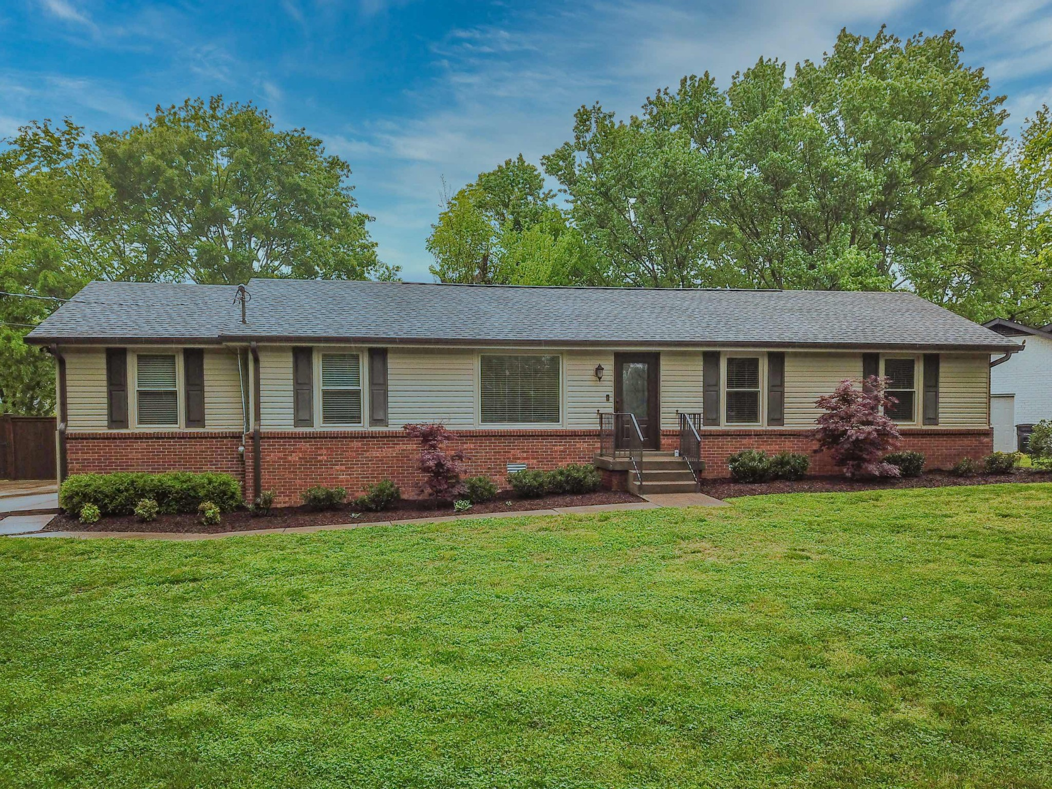 126 Hillside Dr Property Photo - Hendersonville, TN real estate listing