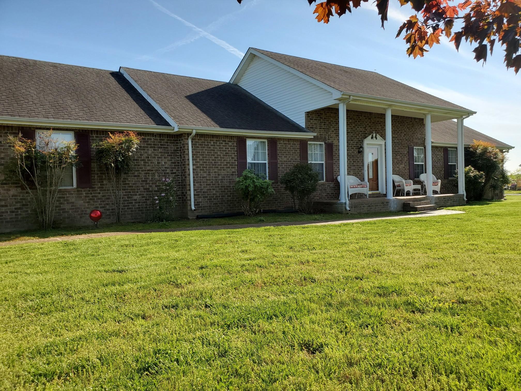 230 Dixon Rd Property Photo - Lafayette, TN real estate listing