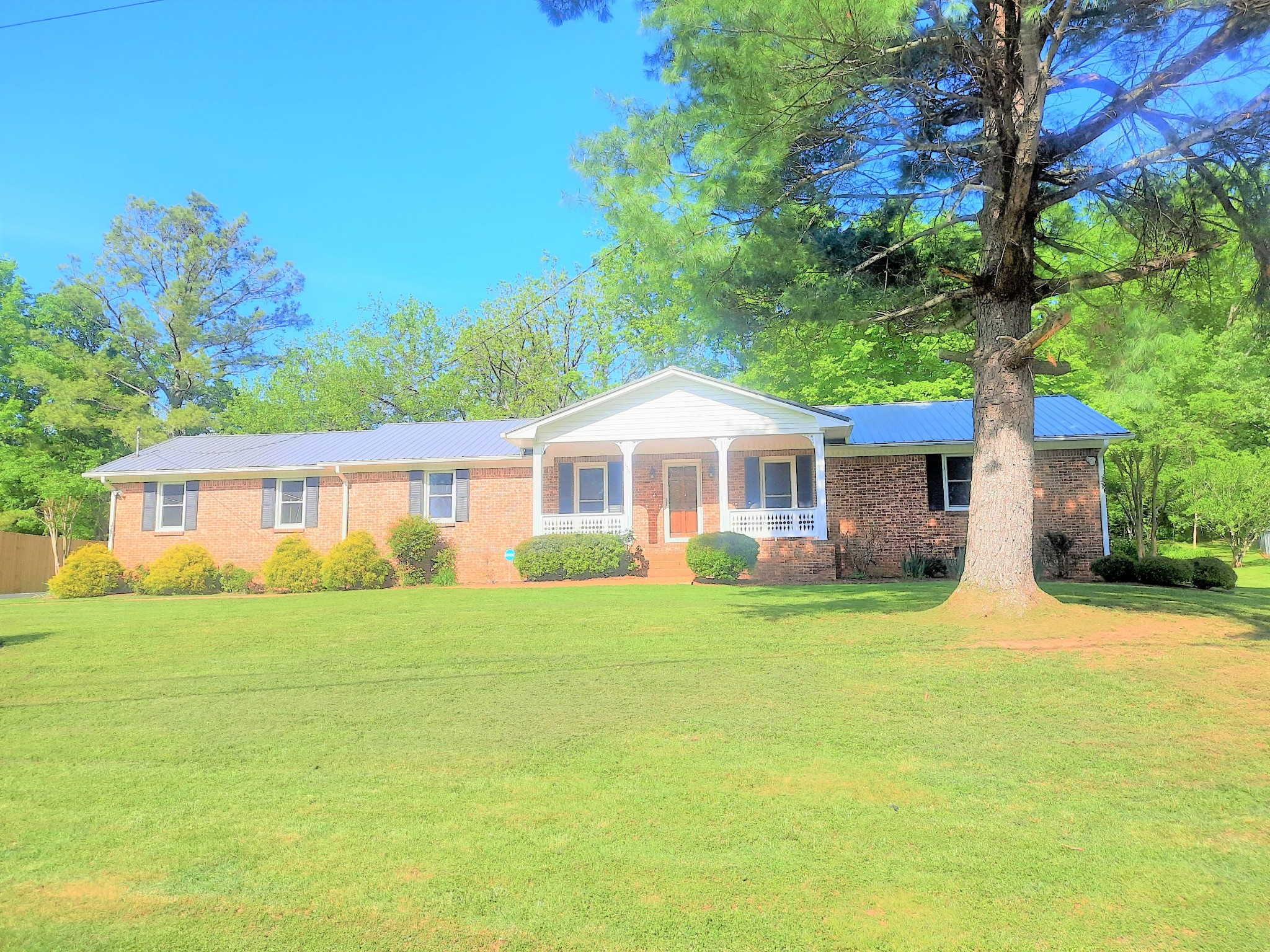 106 Skyview Dr Property Photo - Columbia, TN real estate listing