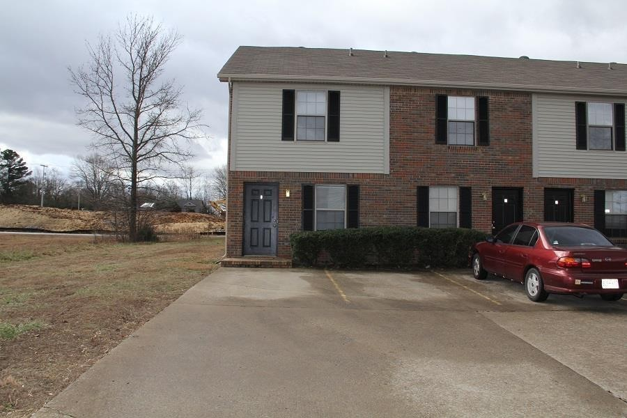 105 Coyote Ct. Unit 3 Property Photo - Clarksville, TN real estate listing