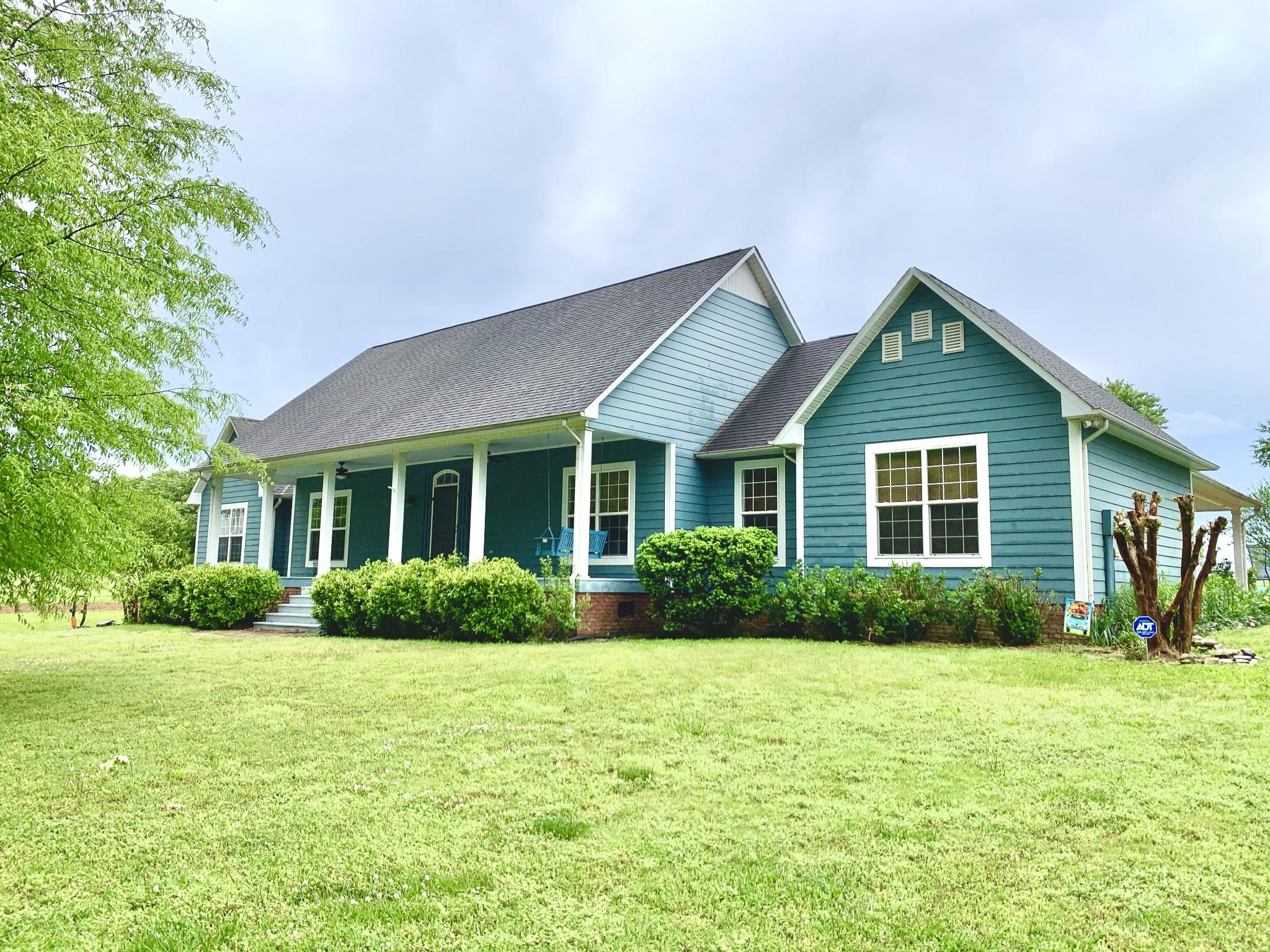 33 Waterloo Rd Property Photo - Lawrenceburg, TN real estate listing