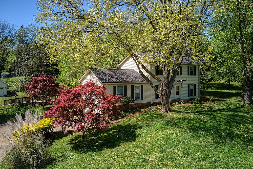 949 Bay Dr Property Photo - Old Hickory, TN real estate listing