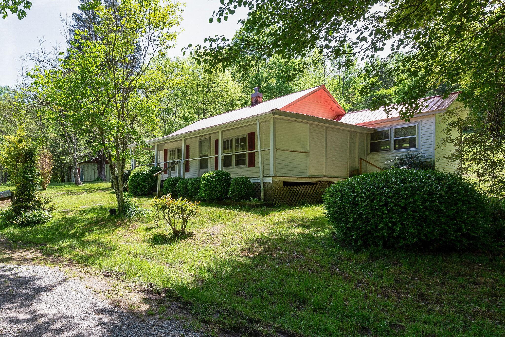 281 Oaks Road Property Photo - Ethridge, TN real estate listing