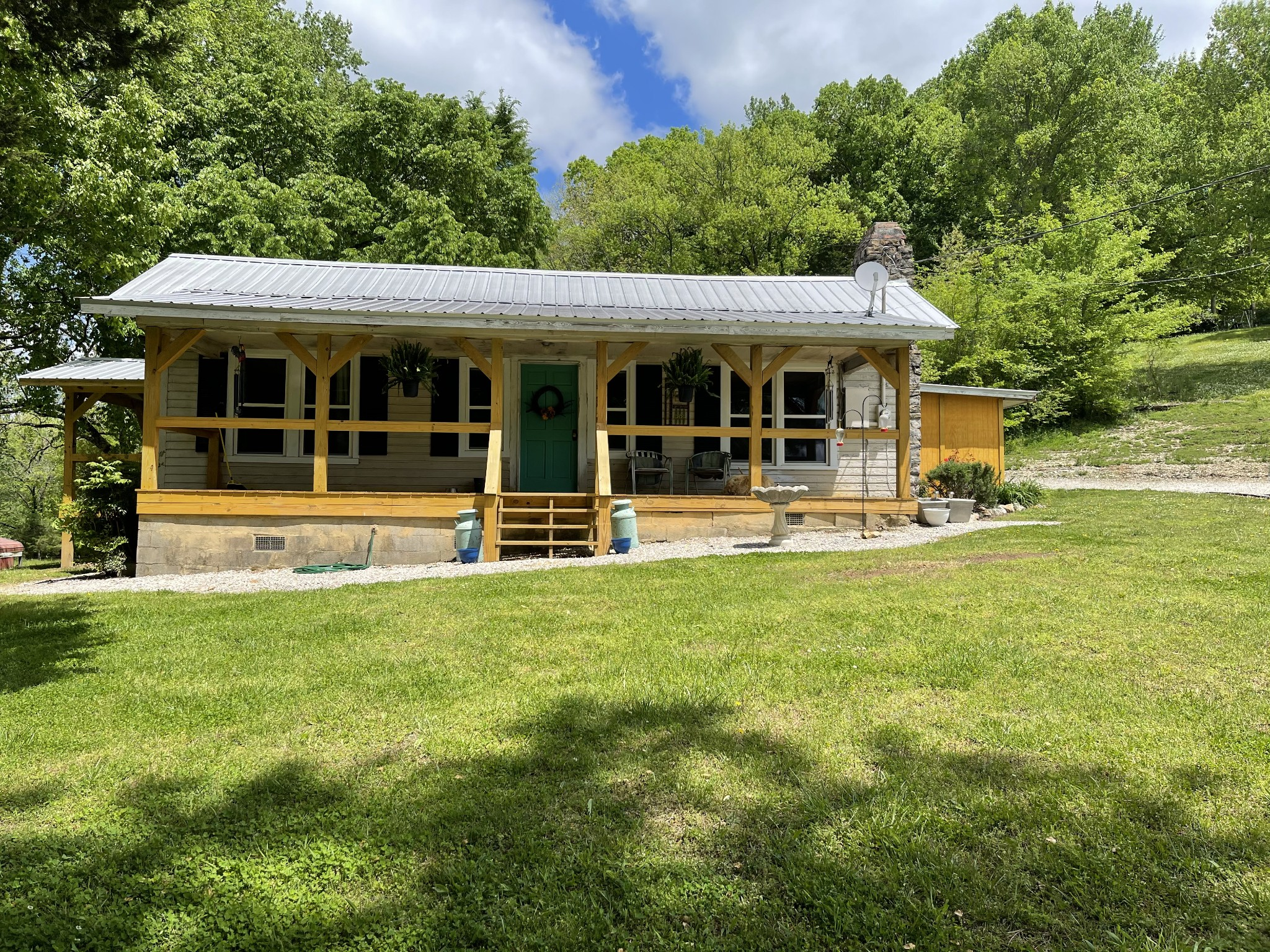 2176 Indian Creek Road Property Photo