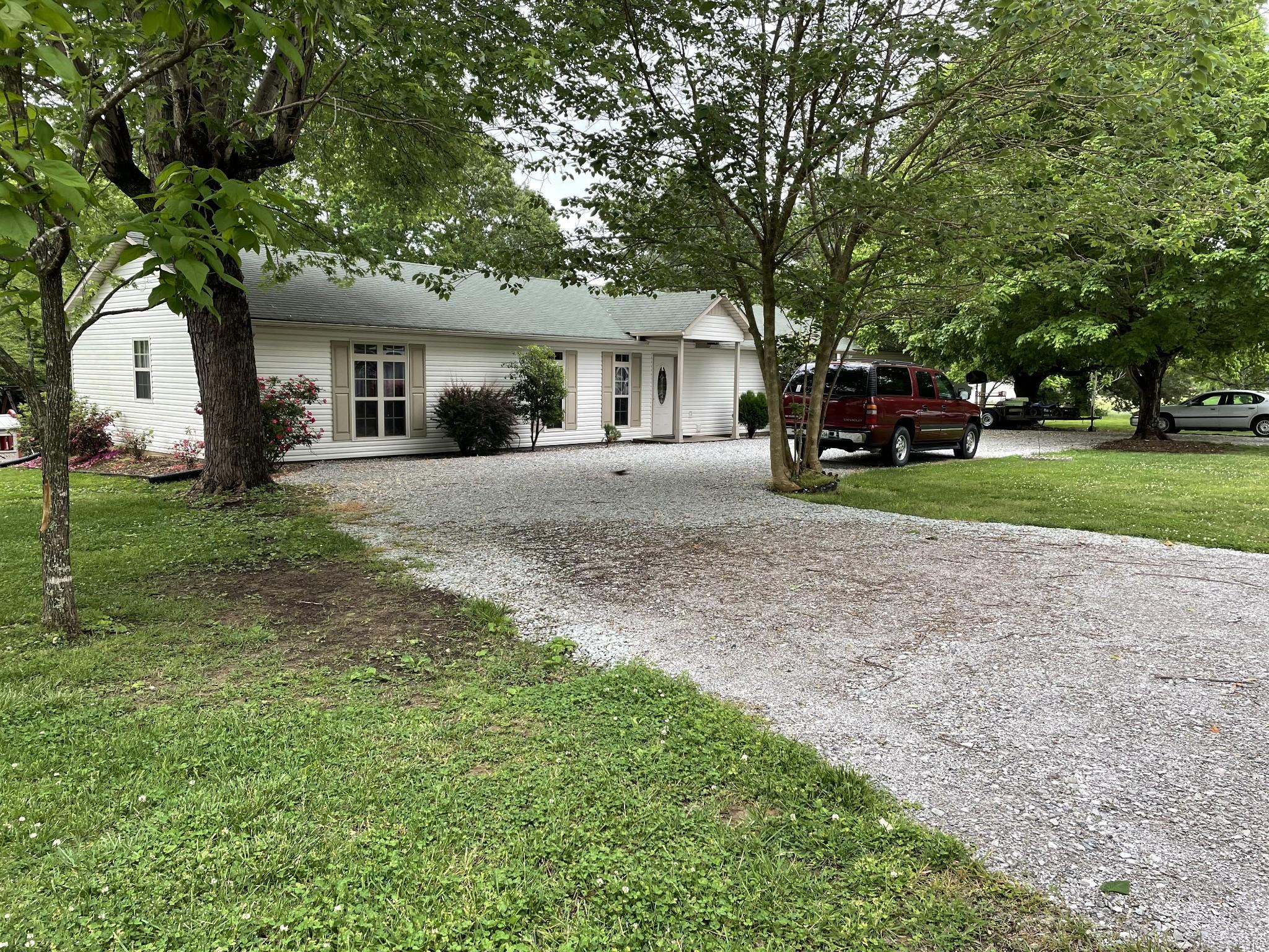 108 Revilo Rd Property Photo - Leoma, TN real estate listing
