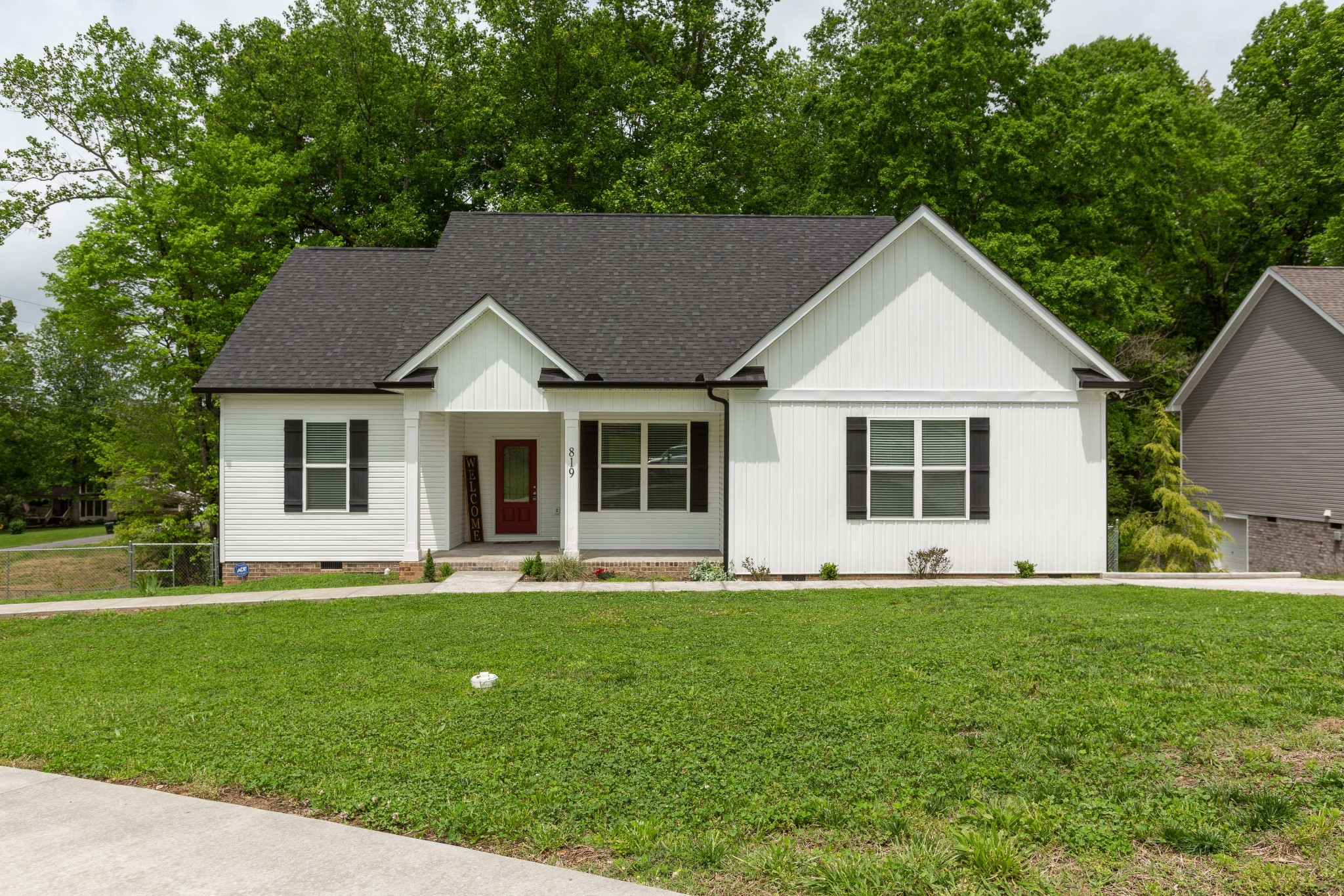 819 Hunters Crossing Ln Property Photo - Springfield, TN real estate listing
