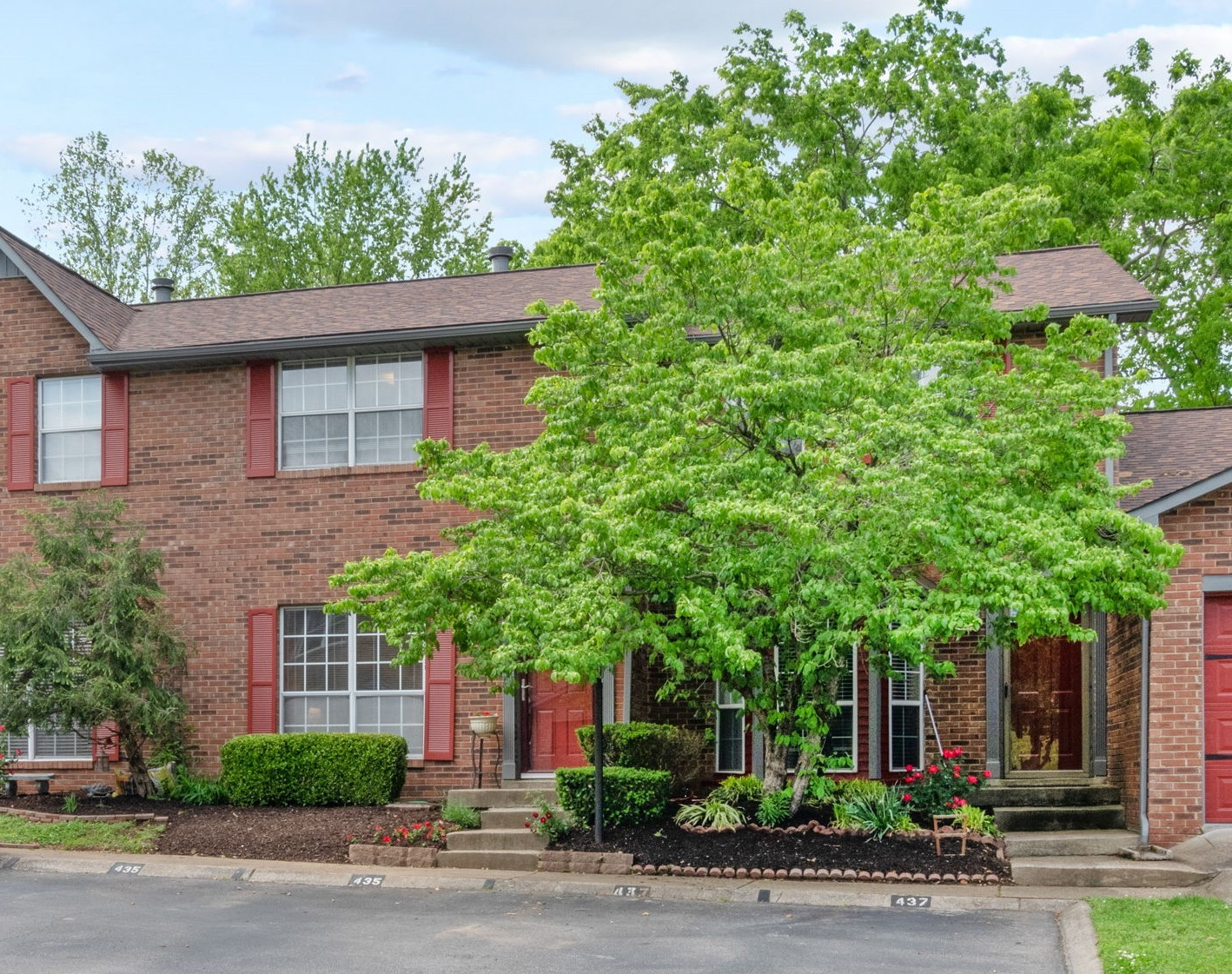 435 Hickory Glade Dr Property Photo - Antioch, TN real estate listing