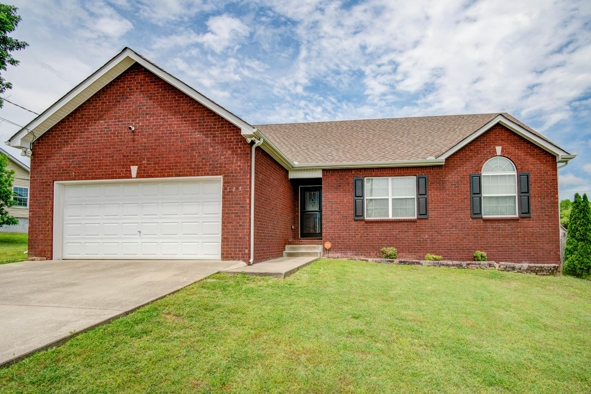 505 Wesley Dr Property Photo - Smyrna, TN real estate listing