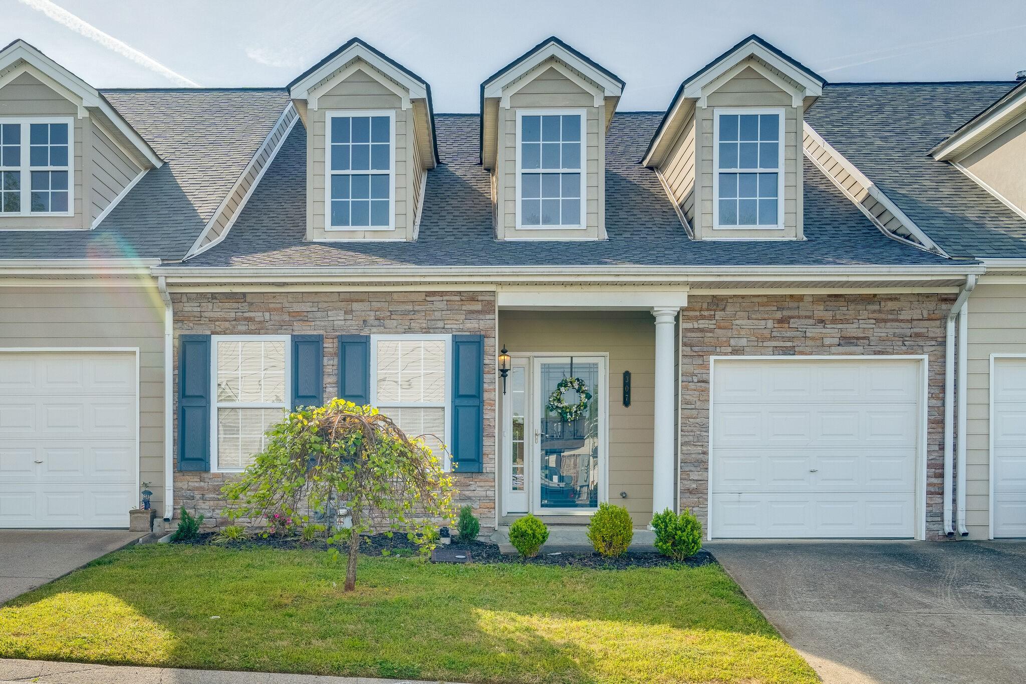 307 Harbor Village Dr Property Photo - Madison, TN real estate listing