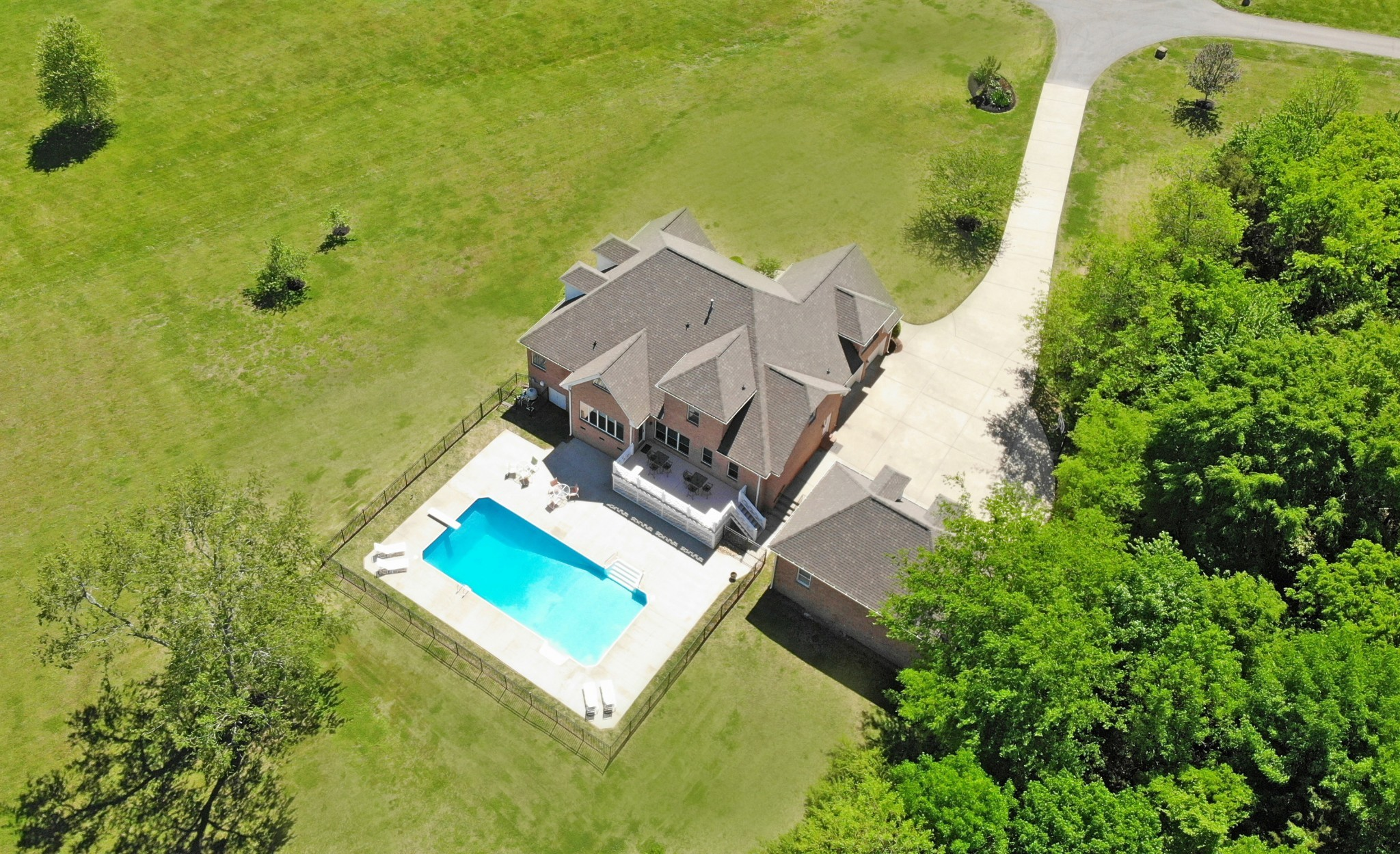 1558 Hudson Rd Property Photo - Madison, TN real estate listing