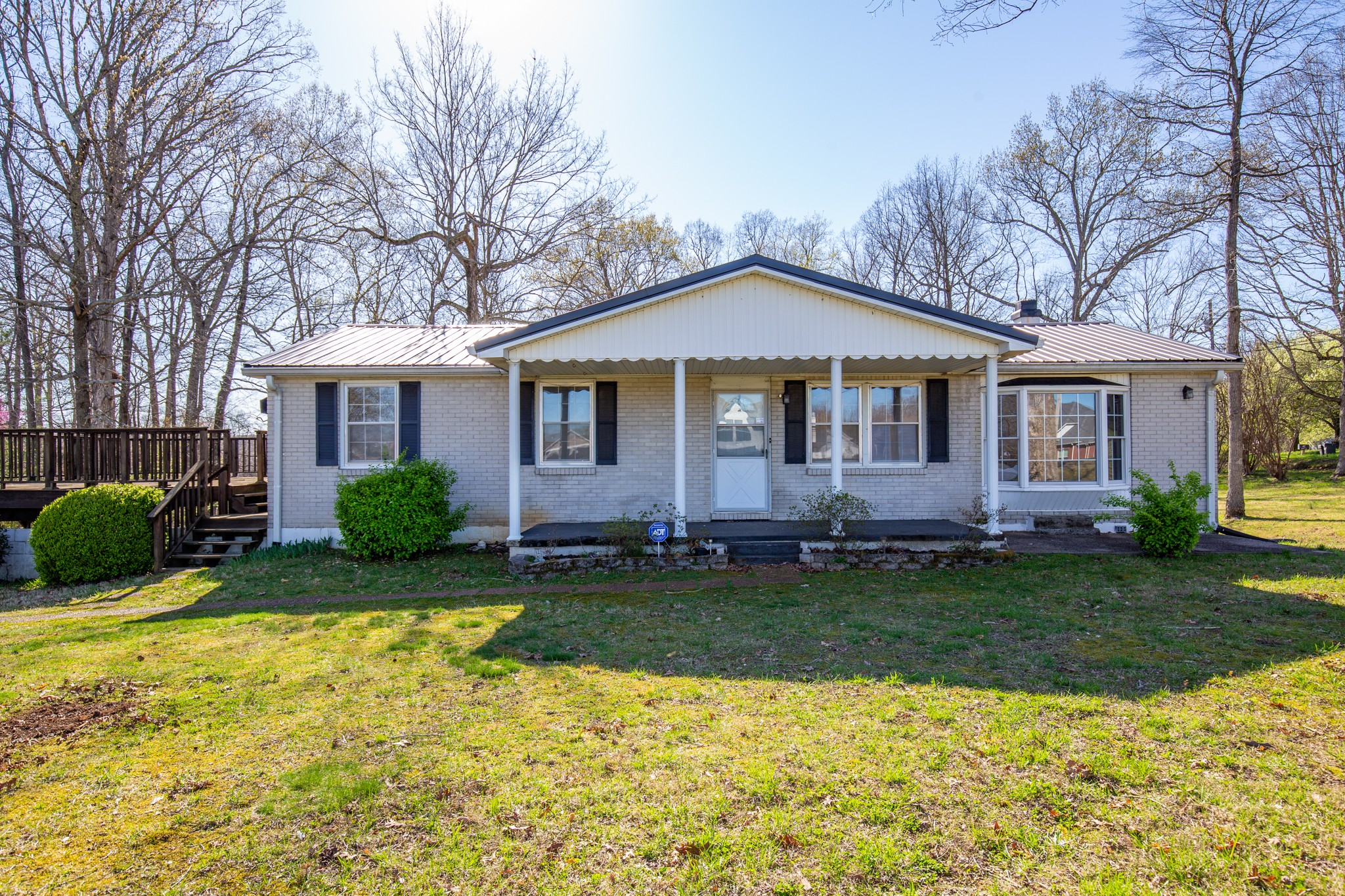 1200 White Bluff Rd Property Photo