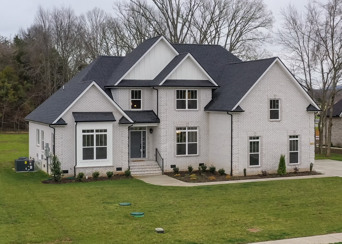 1439 Ansley Kay Dr Property Photo - Christiana, TN real estate listing