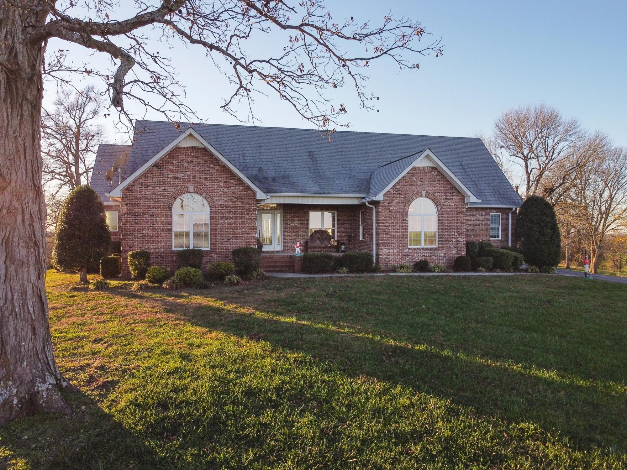 226 Naron Rd Property Photo - Shelbyville, TN real estate listing
