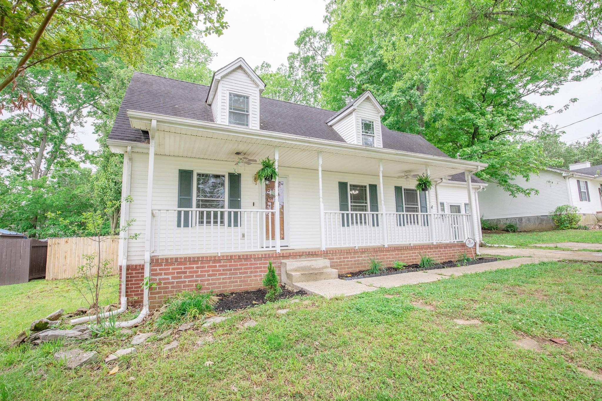 107 Drennan Ln Property Photo - LA VERGNE, TN real estate listing