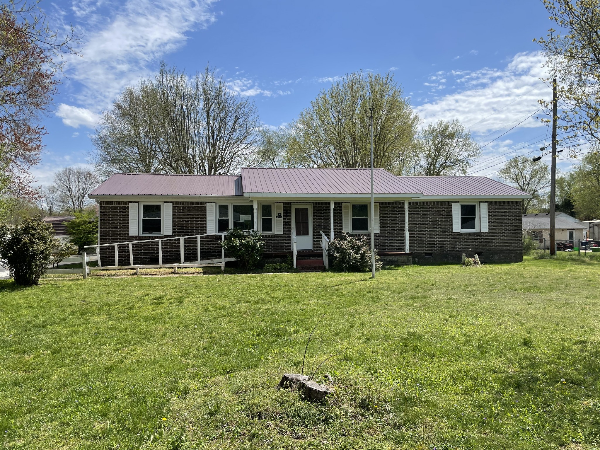 2100 A St Property Photo - Tullahoma, TN real estate listing