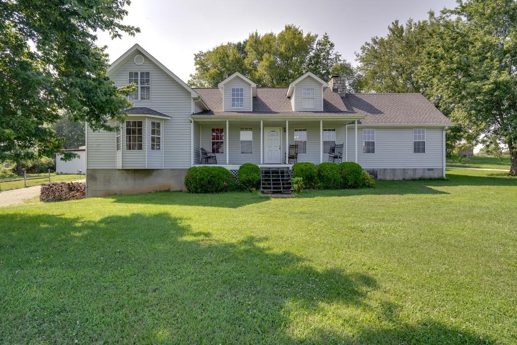 2556 Campbells Station Rd Property Photo - Culleoka, TN real estate listing