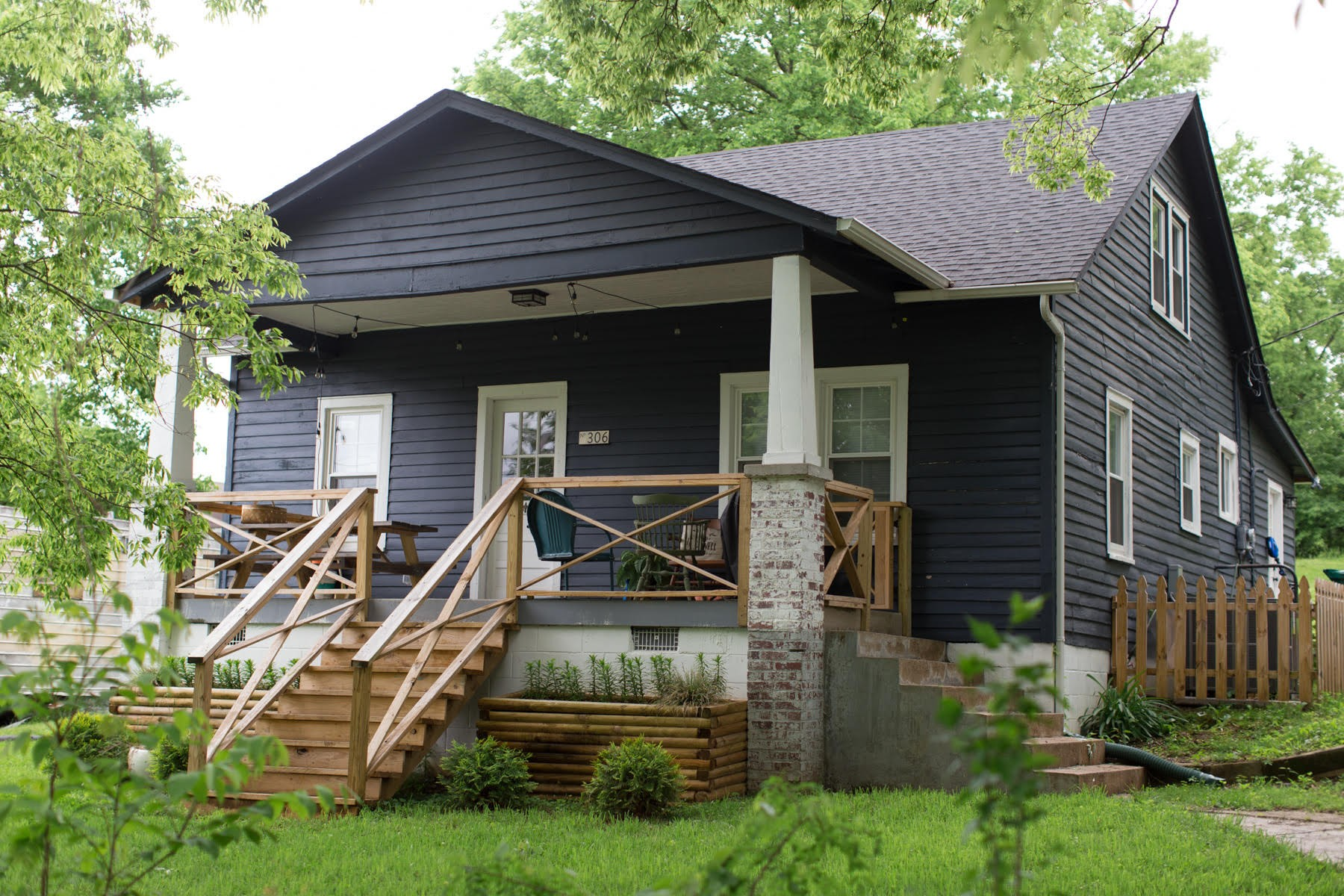 306 E St Property Photo - Clarksville, TN real estate listing