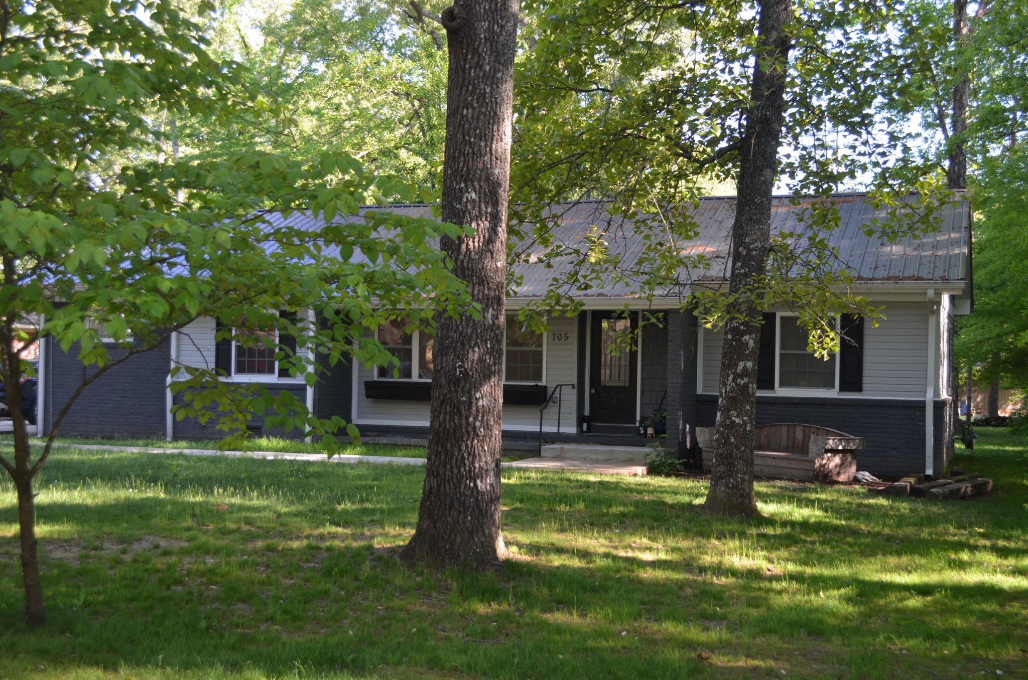 705 BRAGG CIR Property Photo - Tullahoma, TN real estate listing