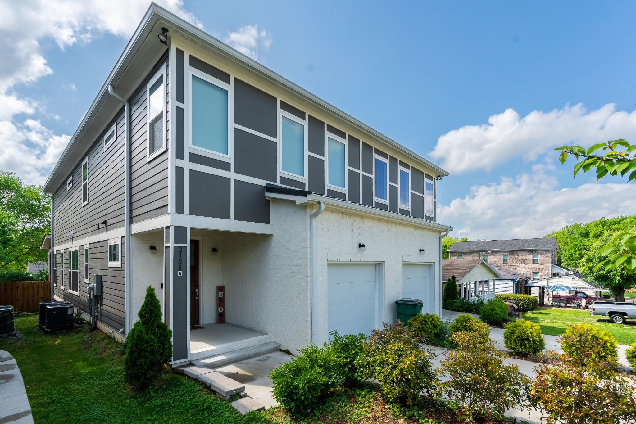 2106A Burns St Property Photo - Nashville, TN real estate listing