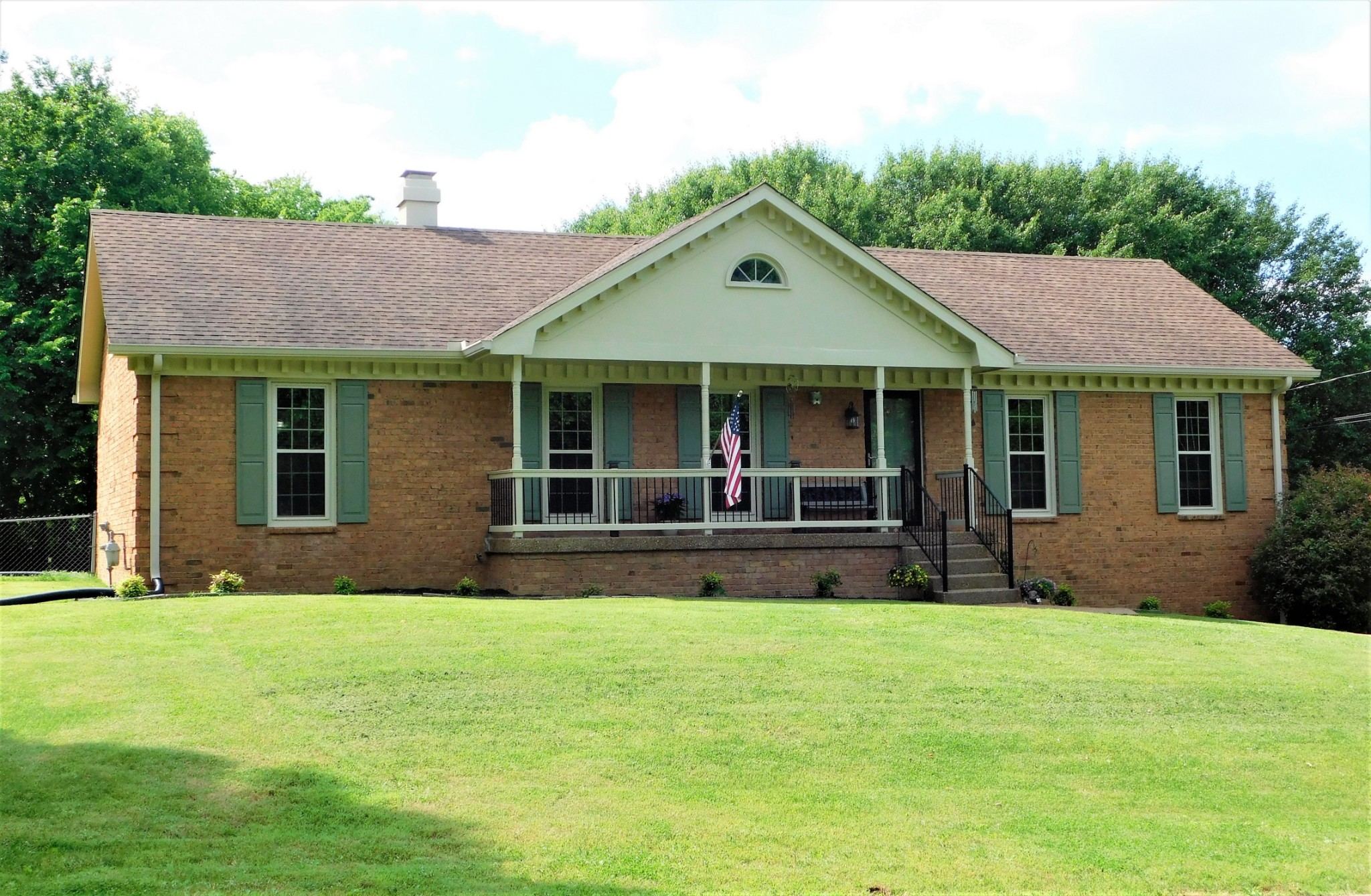130 Paradise Dr Property Photo - Hendersonville, TN real estate listing