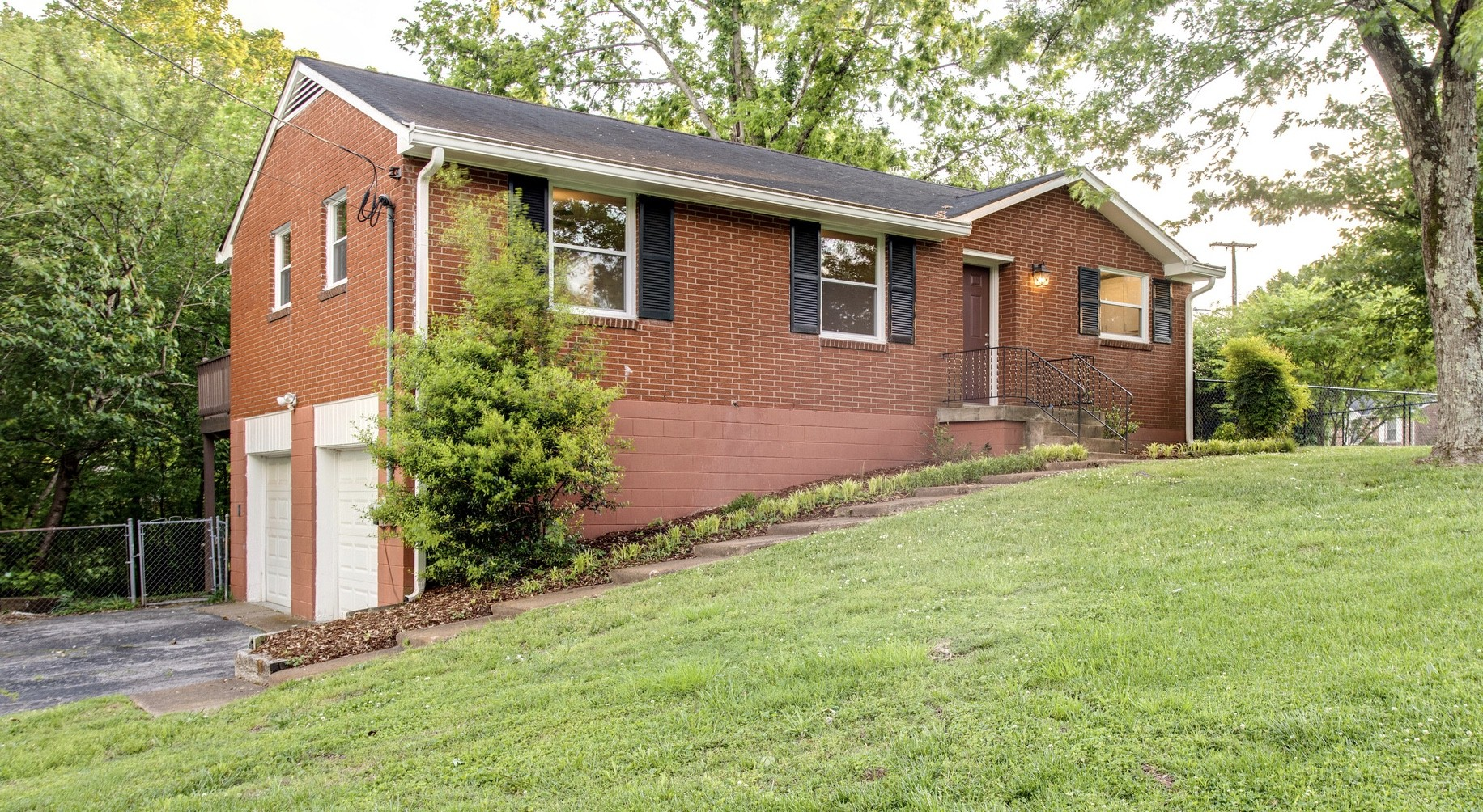 3801 Bunny Dr Property Photo - Nashville, TN real estate listing