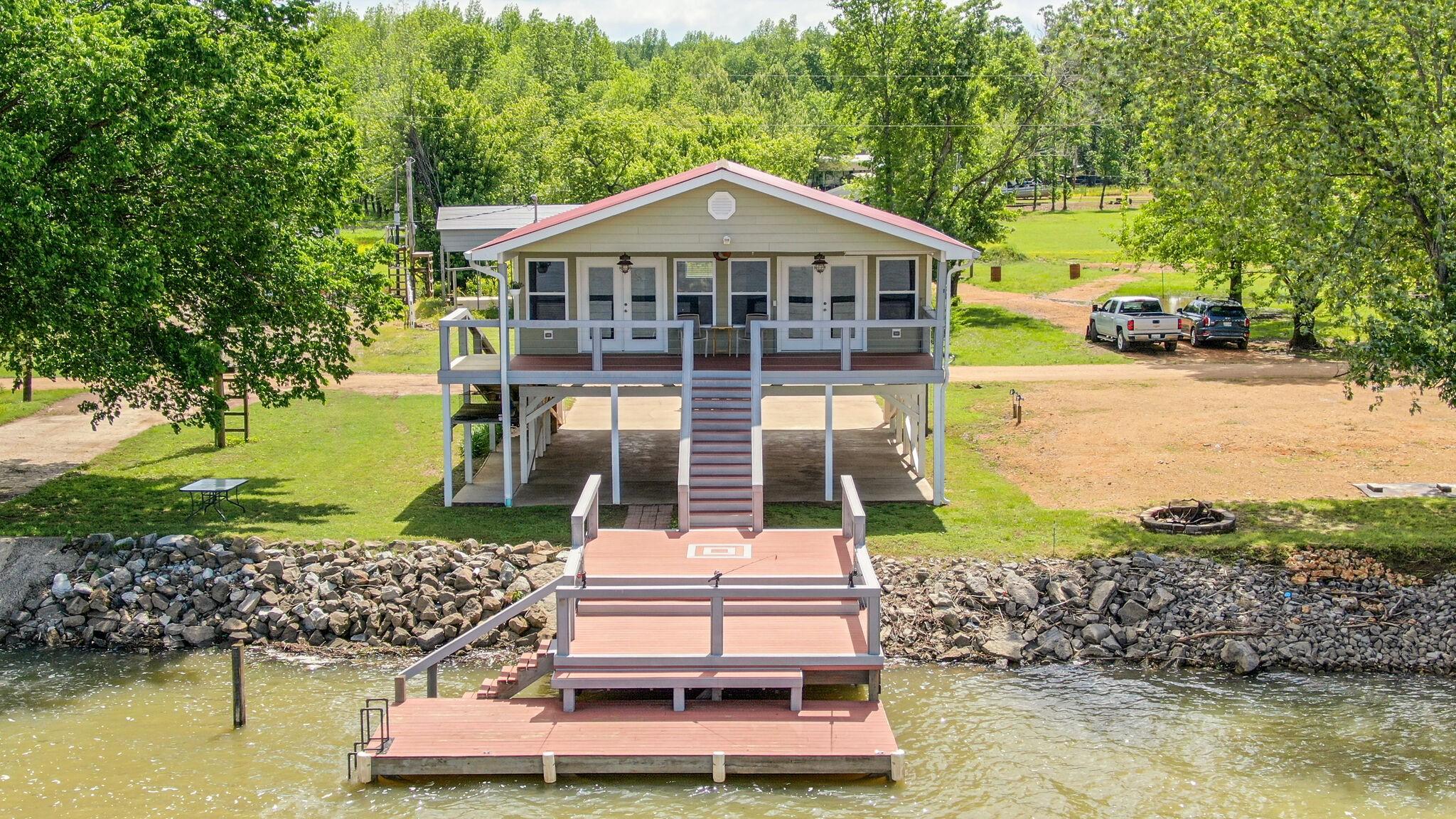267 Martin Landing Rd Property Photo - Lobelville, TN real estate listing