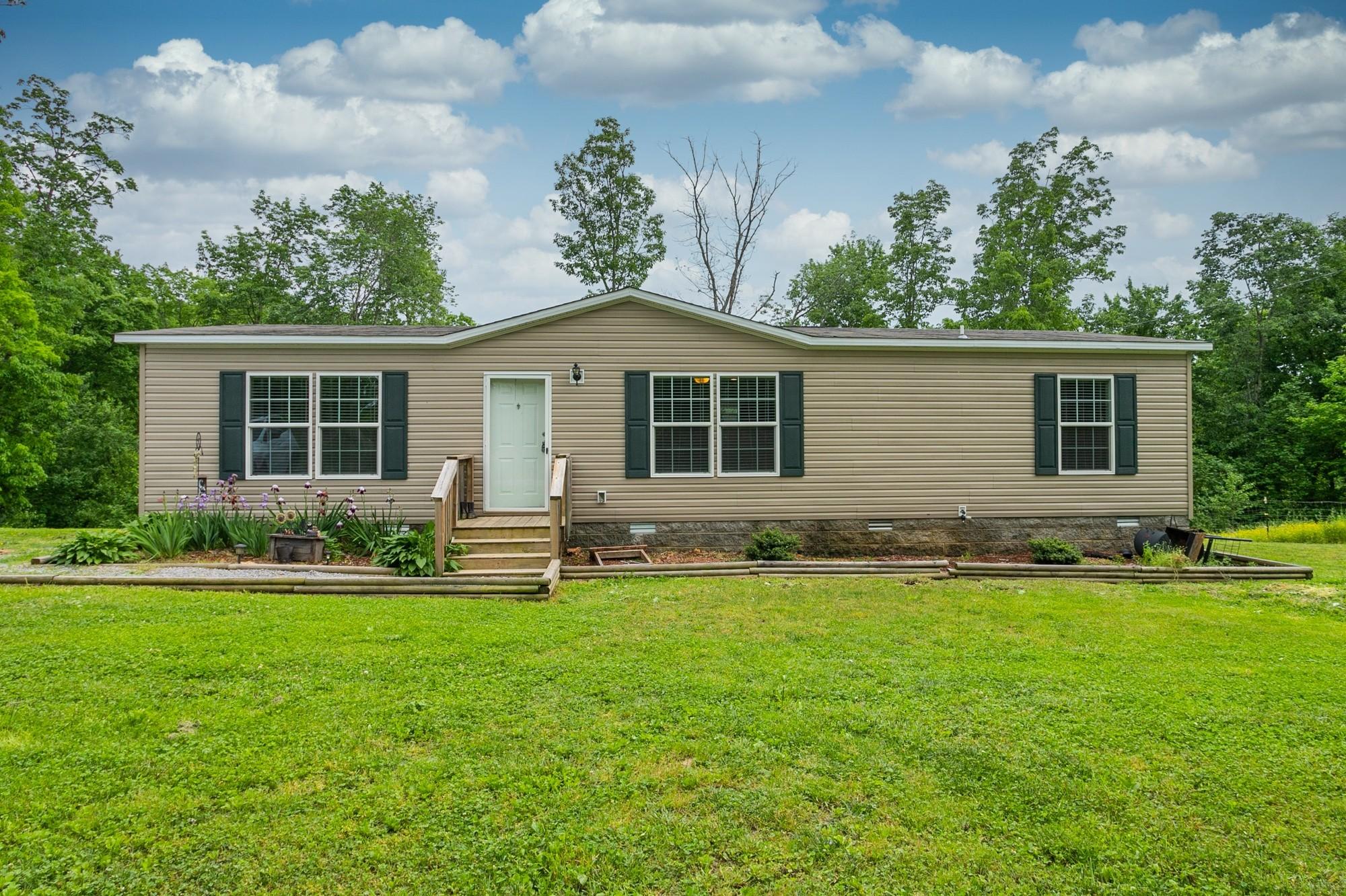 305 Rains Ridge Rd Property Photo