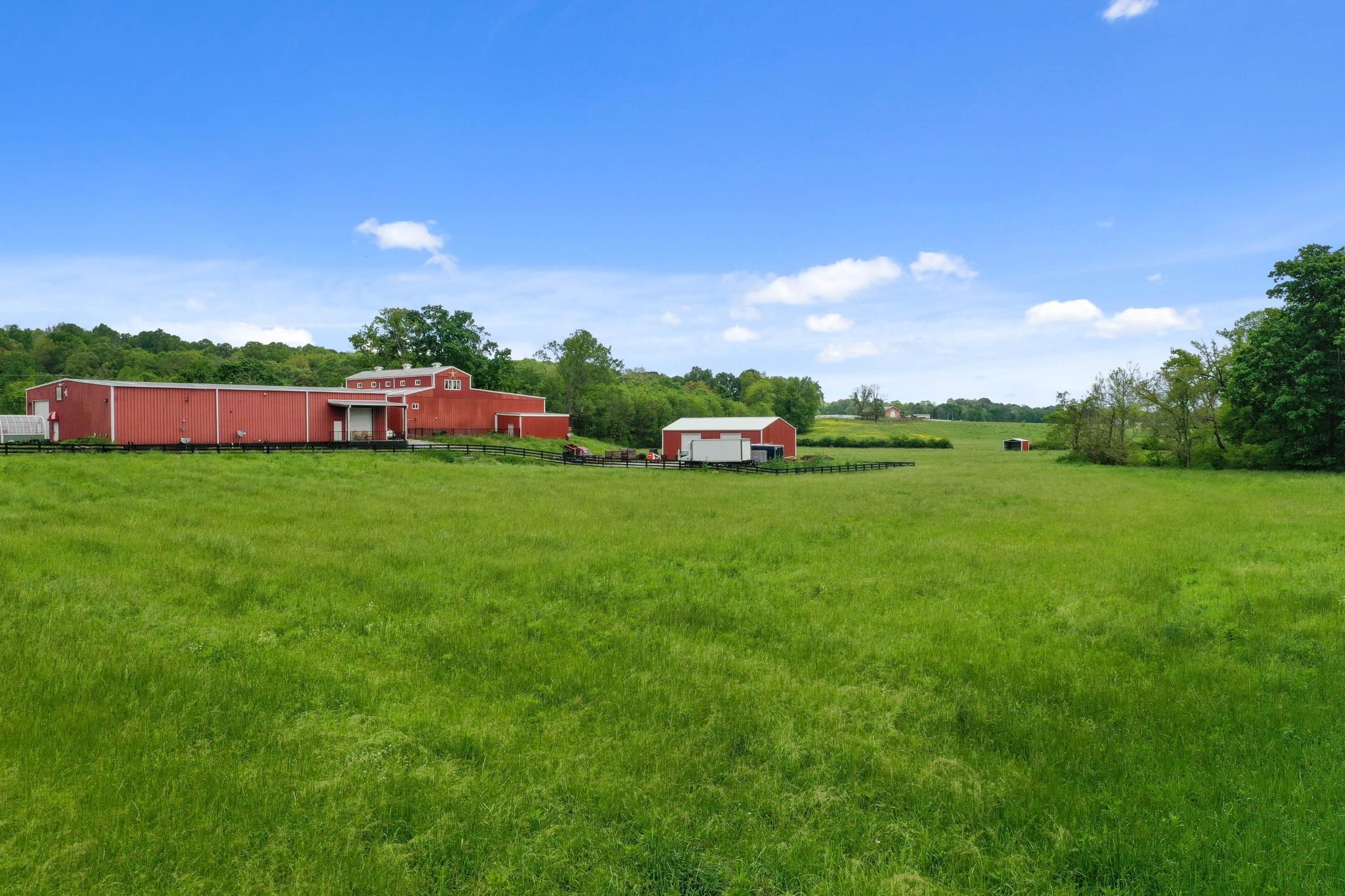 832 Jones Creek Rd Property Photo - Dickson, TN real estate listing