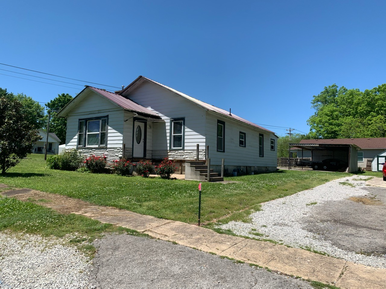 516 W Moore St Property Photo - Tullahoma, TN real estate listing
