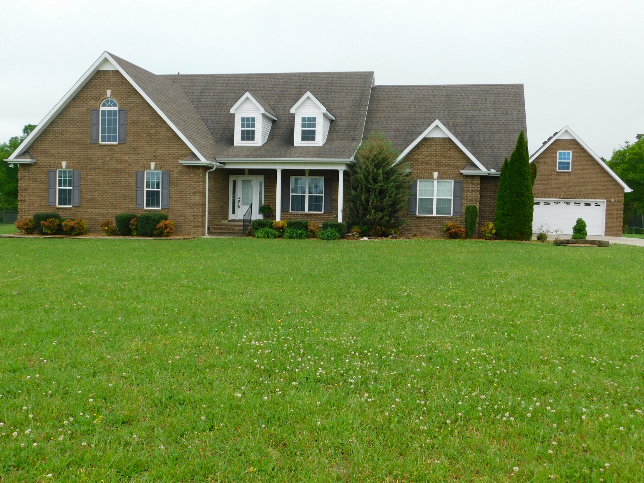 415 Roberts Creek Cir Property Photo - Manchester, TN real estate listing