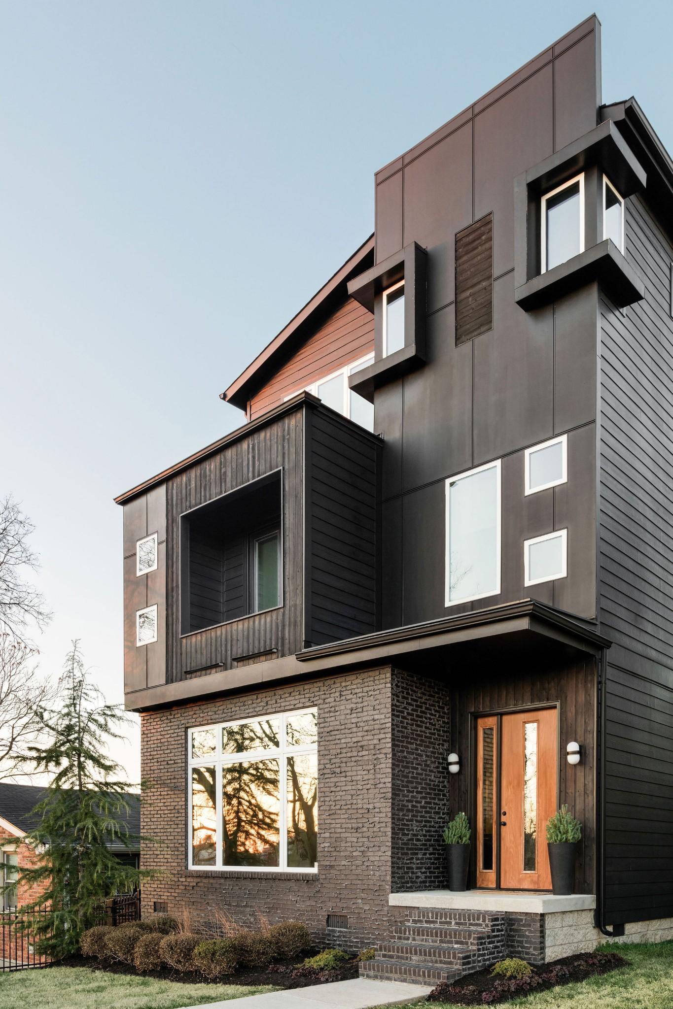 12 Southwedgewood Real Estate Listings Main Image