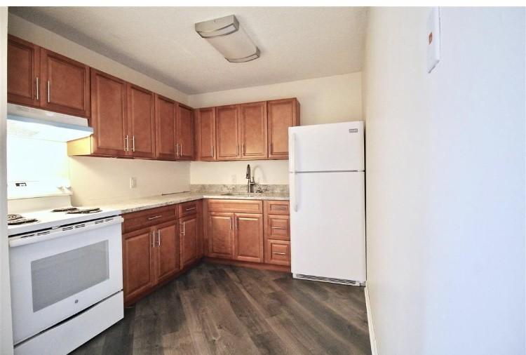 441 Harding Pl #B24 Property Photo - Nashville, TN real estate listing