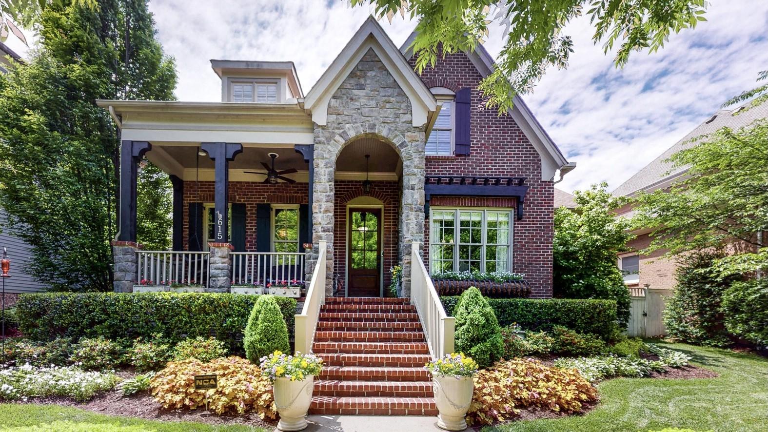 615 Stonewater Blvd Property Photo