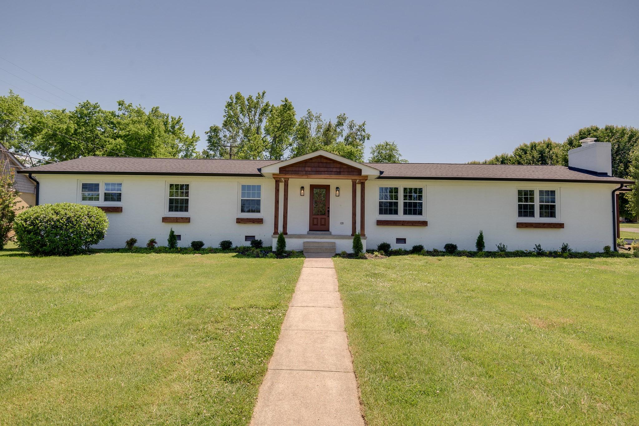 307 Cloverdale Property Photo 1