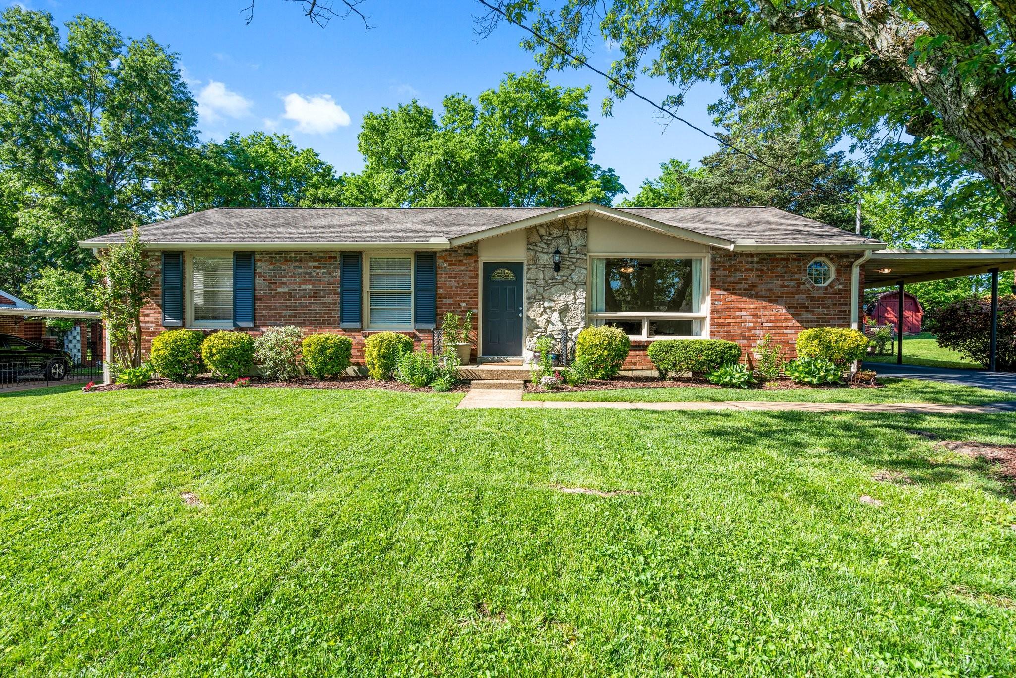 623 Elaine Dr Property Photo - Nashville, TN real estate listing