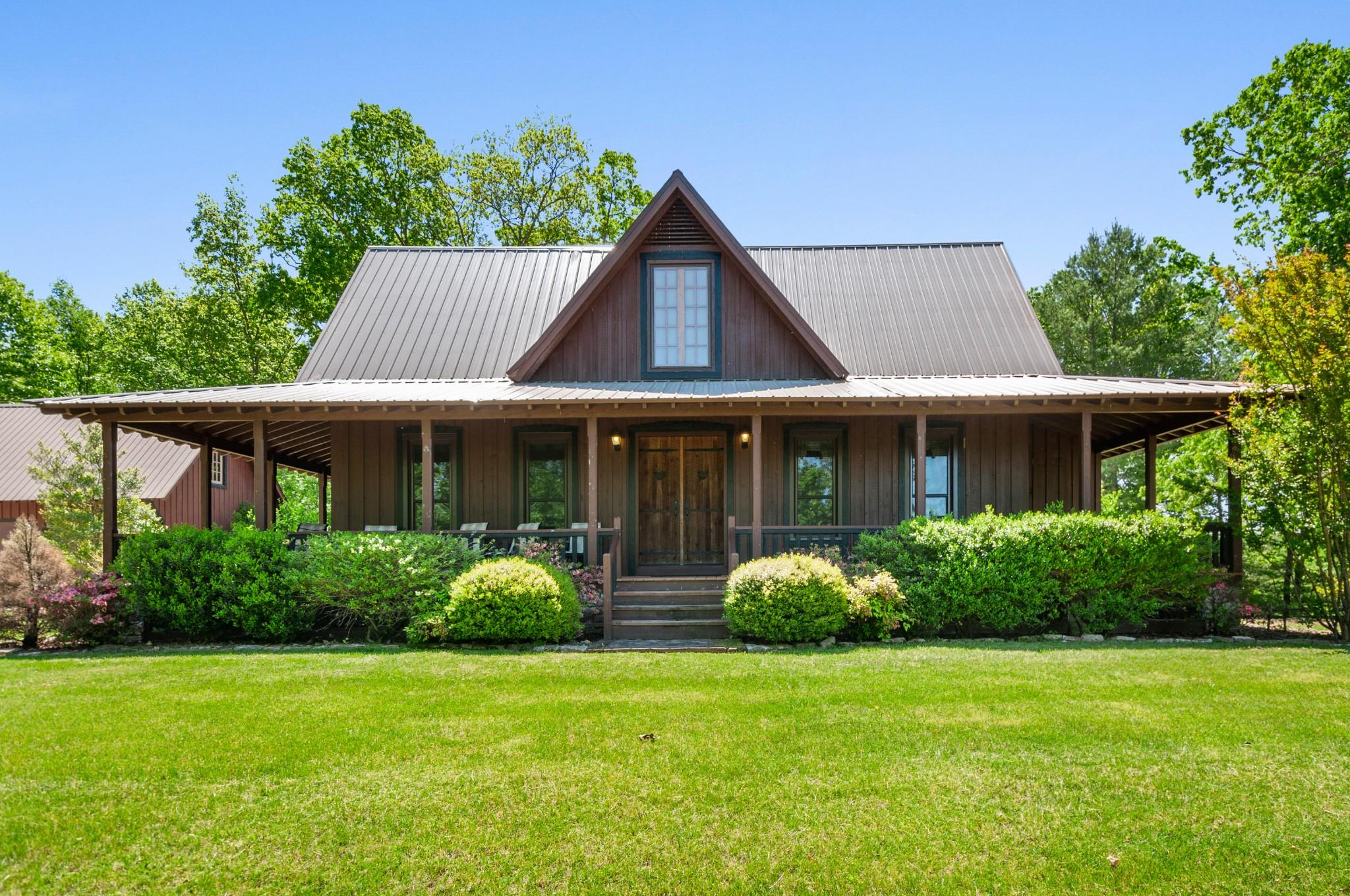 200 Newburg Road Property Photo