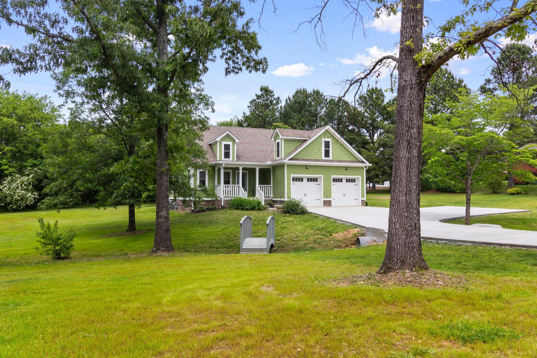 9850 Dogwood Dr Property Photo
