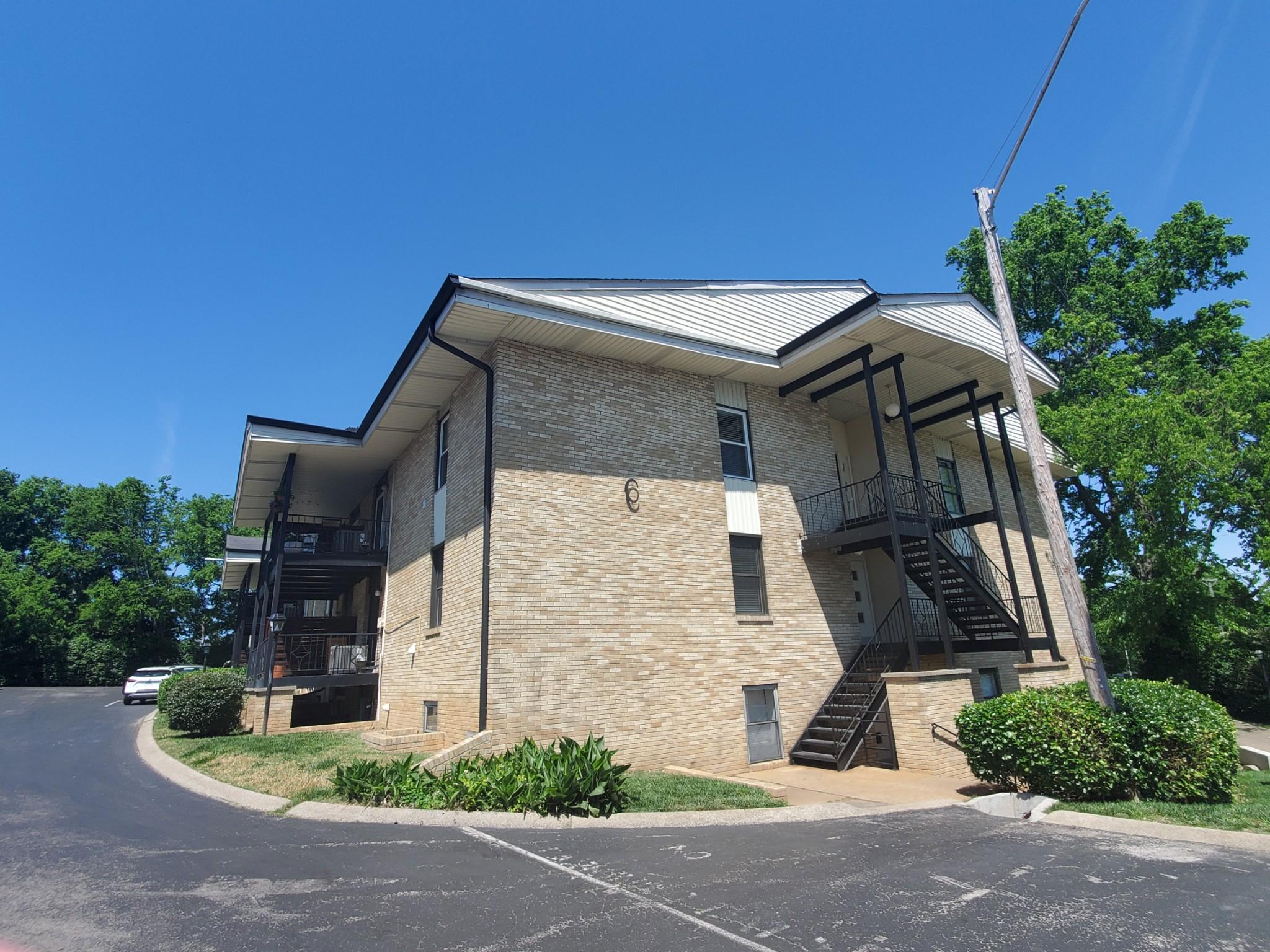 4425 Westlawn Dr #c303 Property Photo 1
