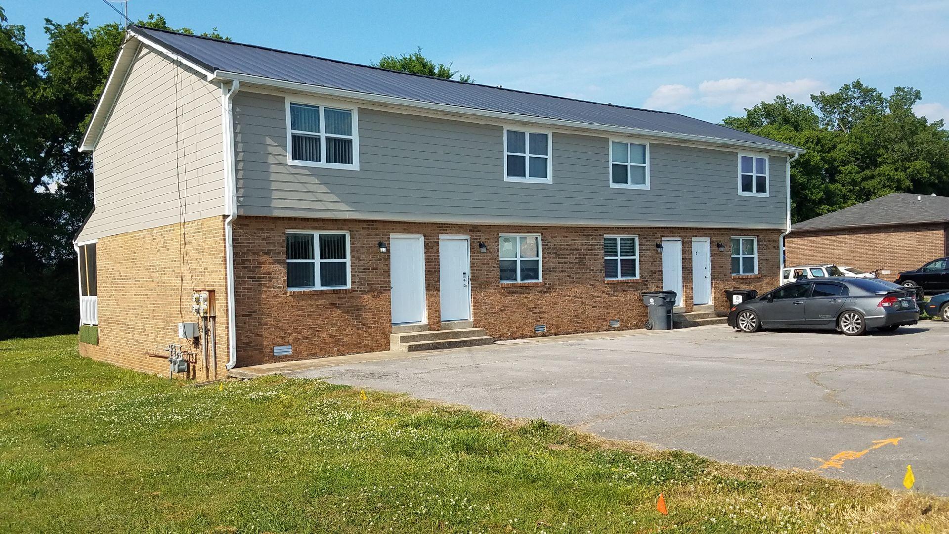 325 Lake Farm Rd Property Photo 1