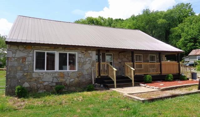 102 Church St Property Photo