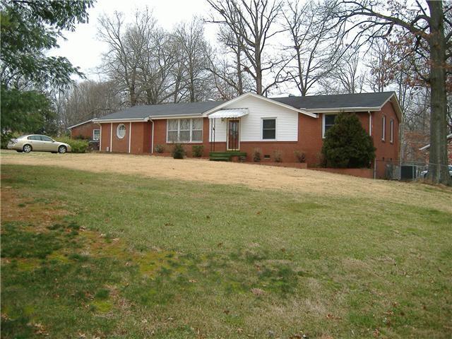 231 Yorktown Rd Property Photo