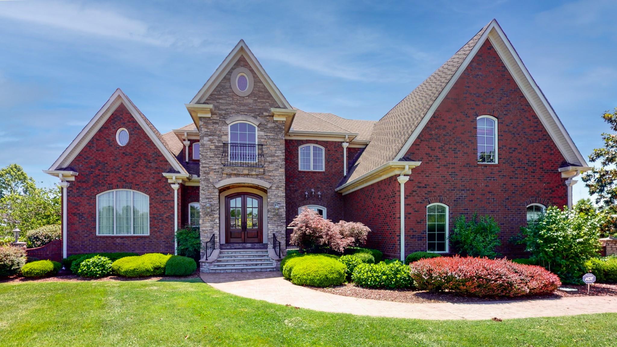 37085 Real Estate Listings Main Image