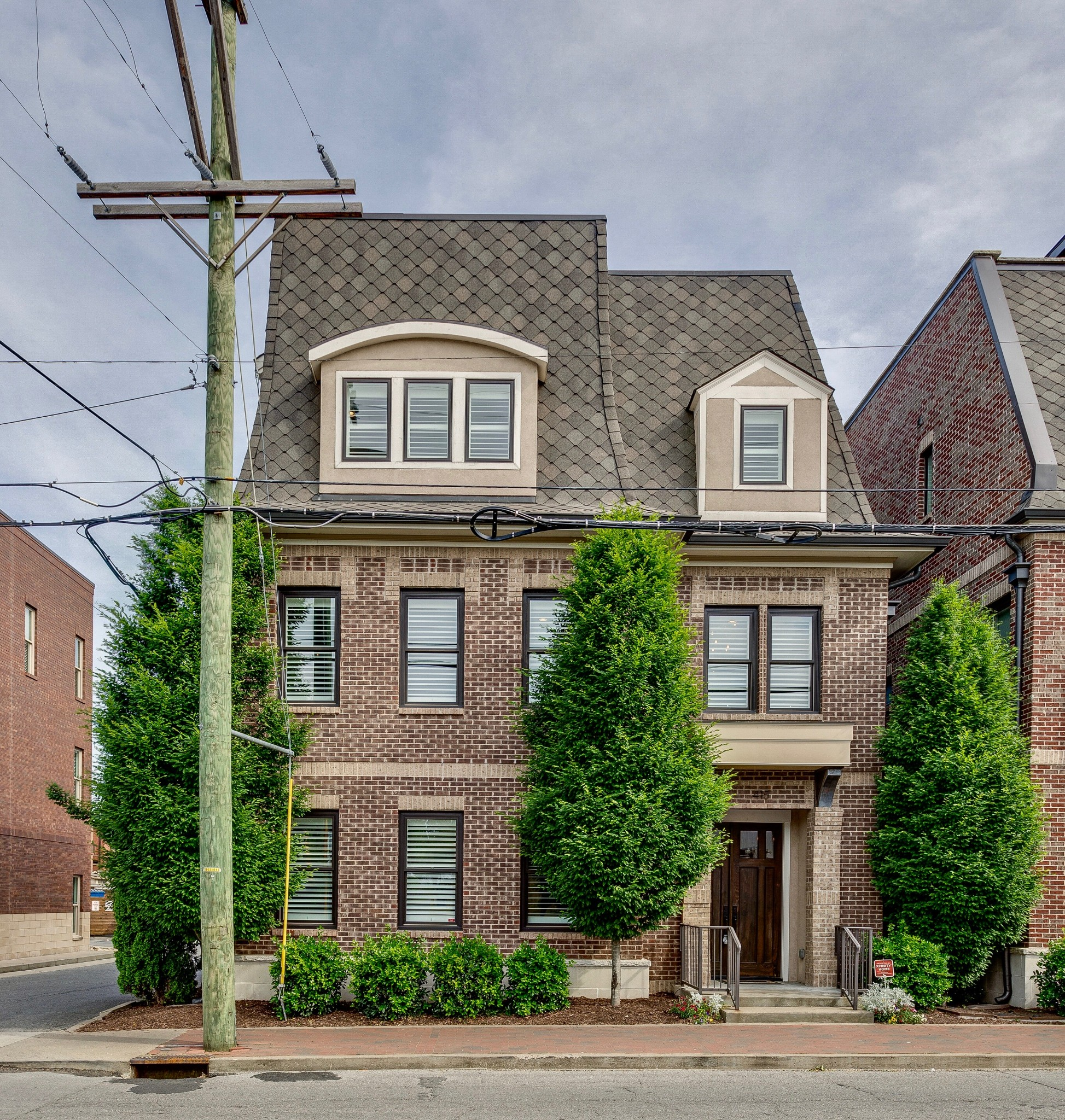415 Monroe St Property Photo 1