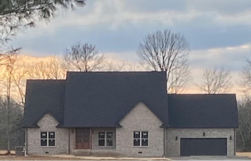 2112 Longview Rd Property Photo