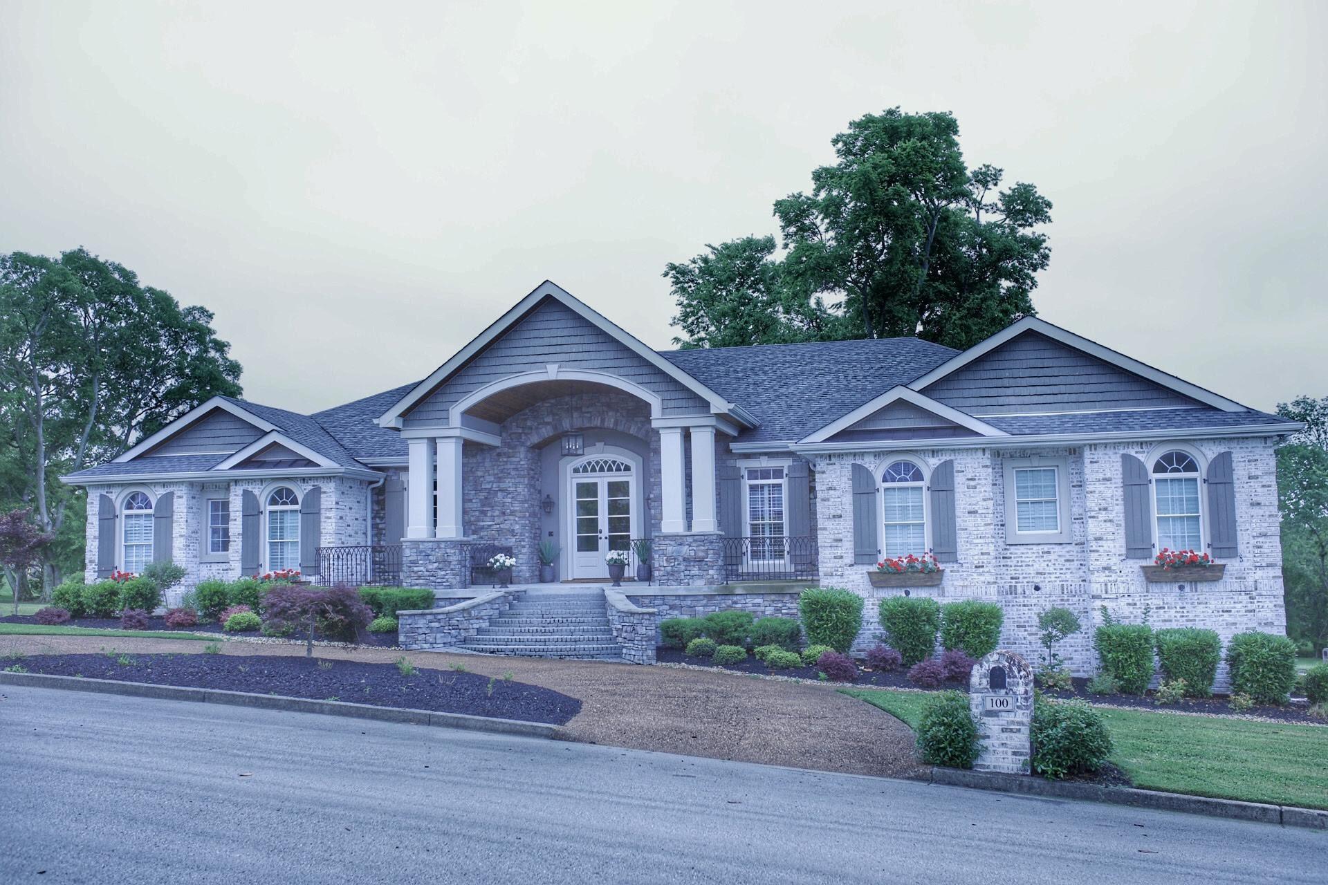 100 Glenway Pt Property Photo 1
